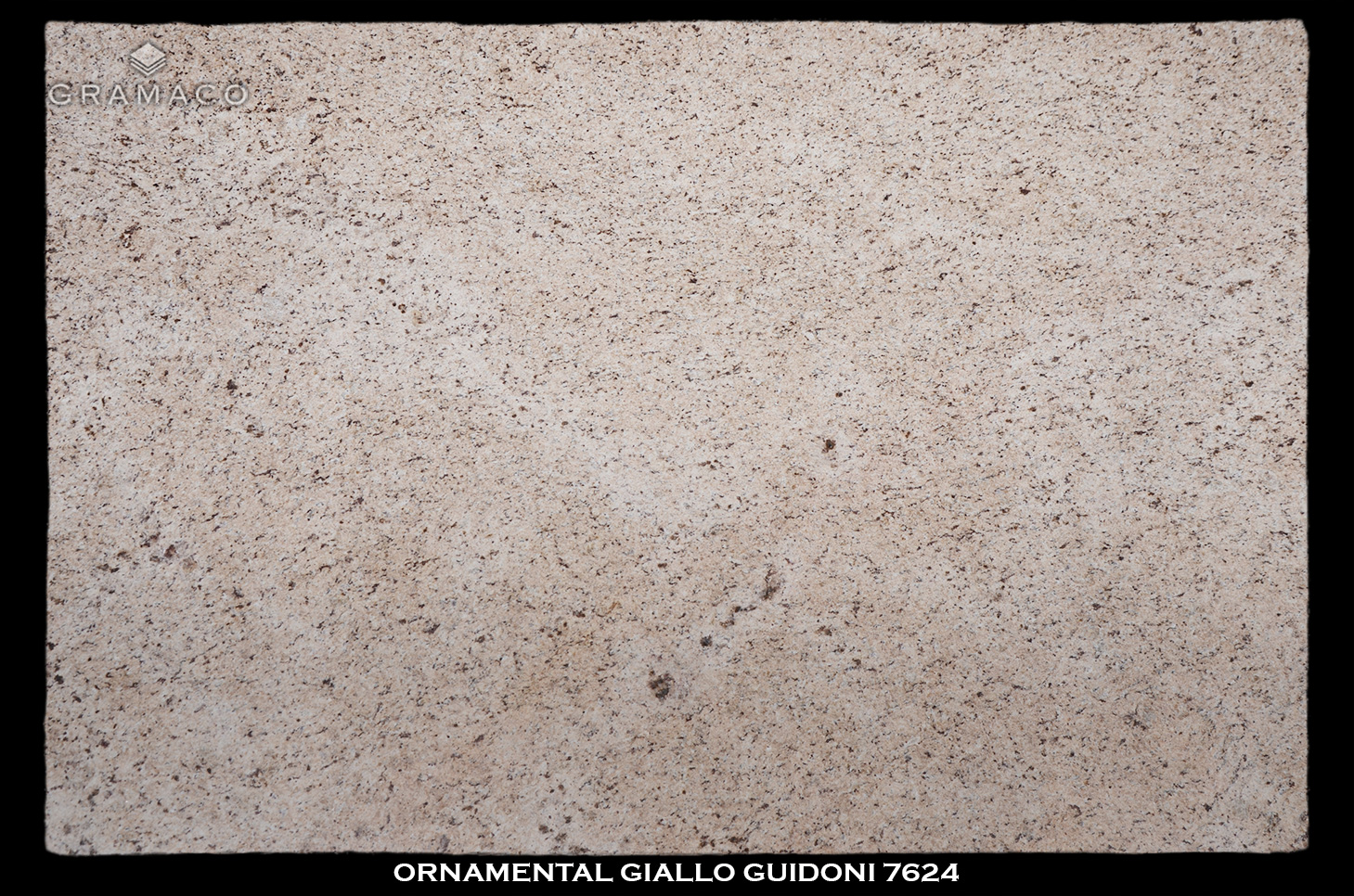 ORNAMENTAL-GIALLO-GUIDONI-7624---FULL-SLAB-BLACK