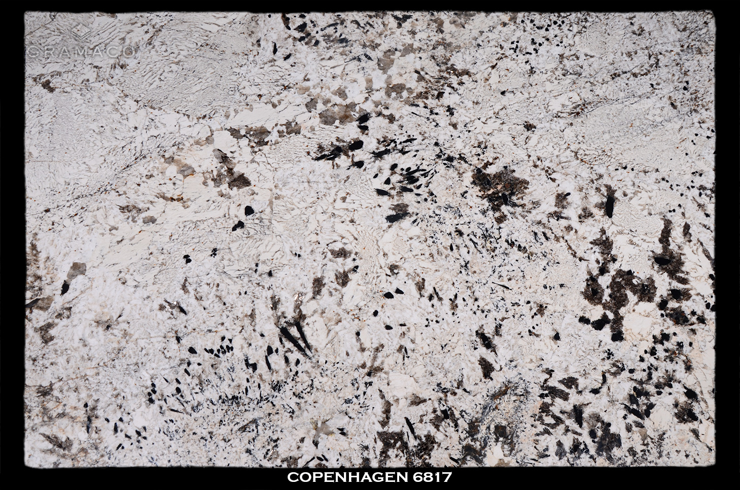 COPENHAGEN-6817---FULL-SLAB-BLACK