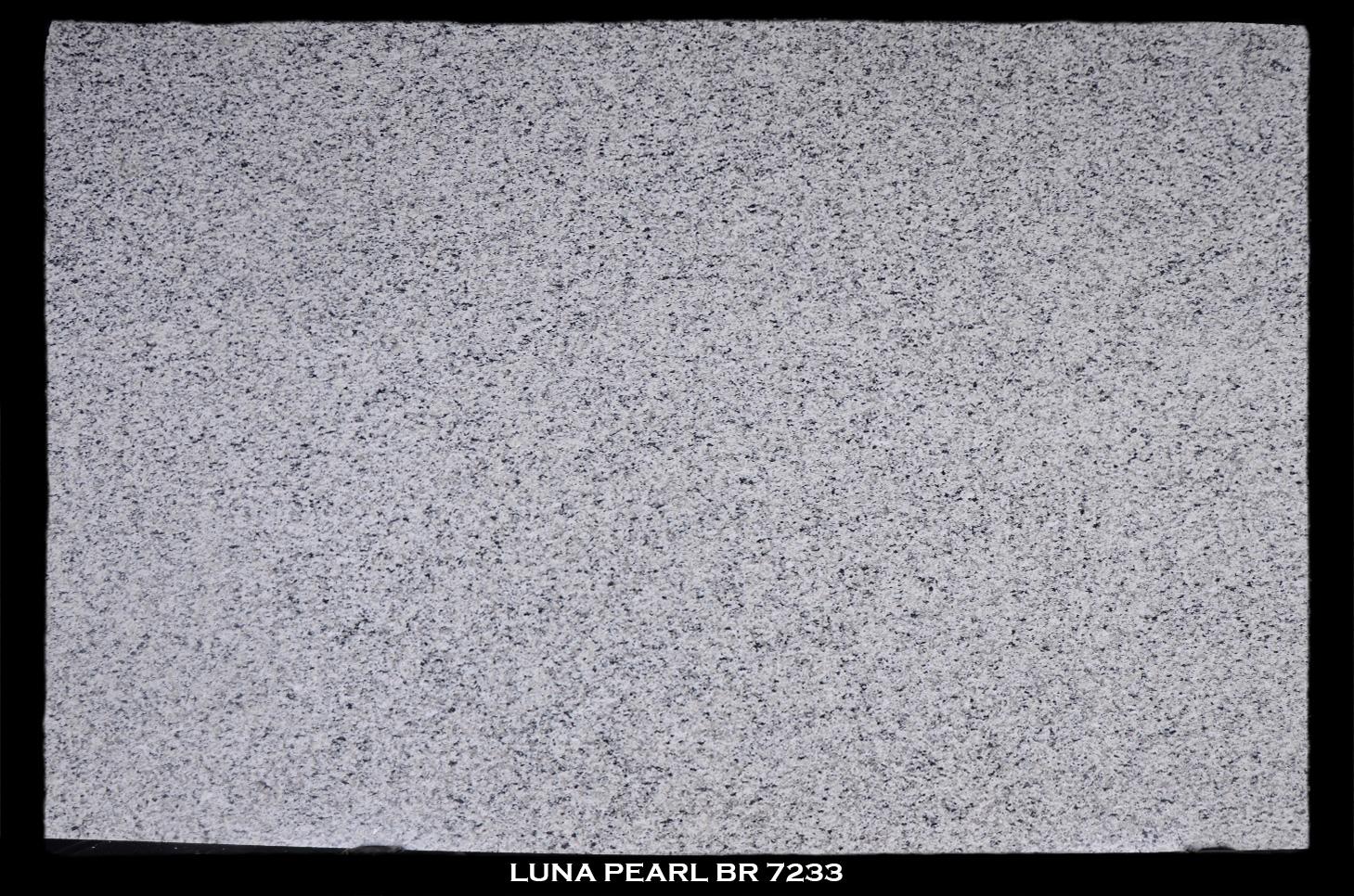 Luna-Pearl-Br-7233-slab